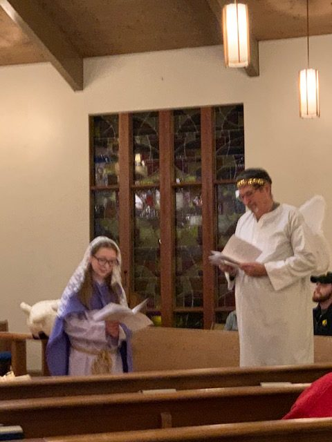 Members worship at St. Alban's Episcopal in Davenport, Iowa